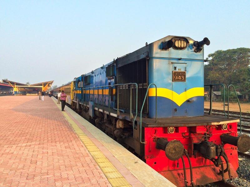 Colombo to Jaffna Train Tour