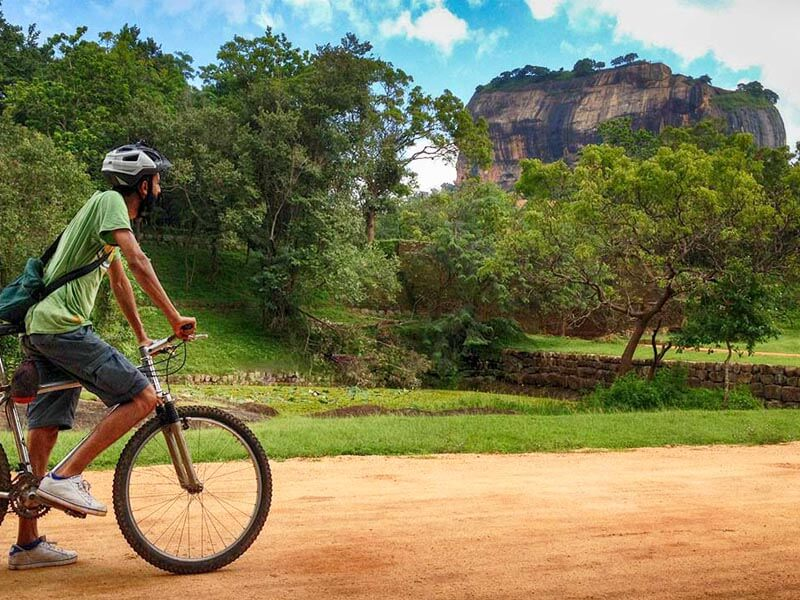 Cycling Tour in Sigiriya