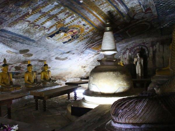 Dambulla Cave Temple Murals